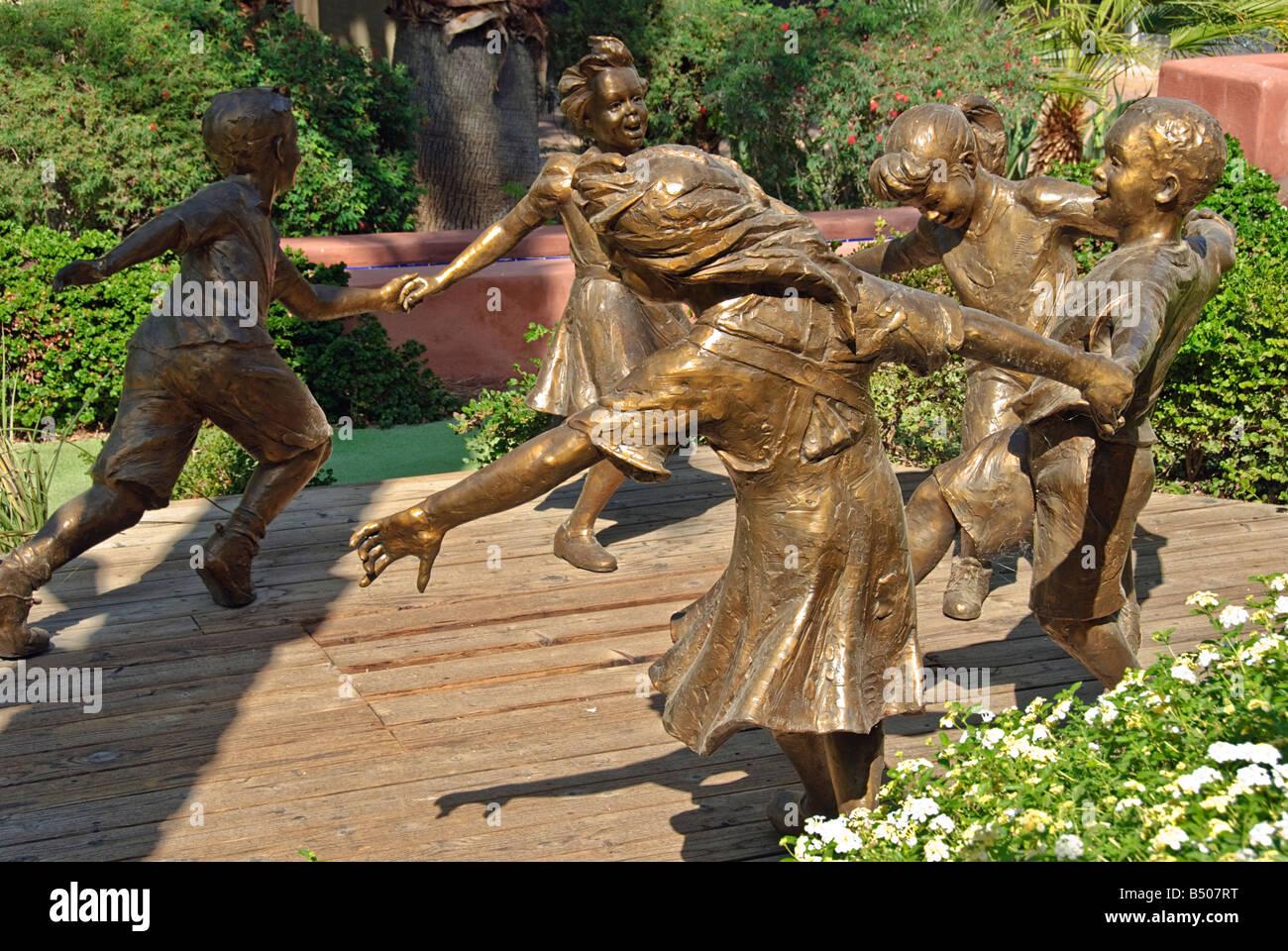 El Paseo California Sculpture Stock Photos & El Paseo California ...