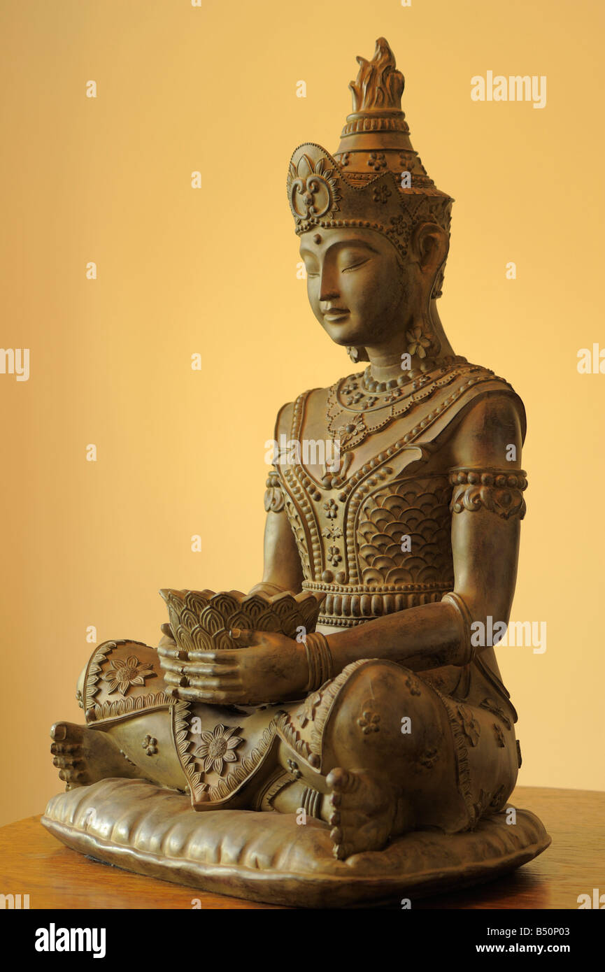 Wooden Buddha Statue Stock Photos & Wooden Buddha Statue Stock ...