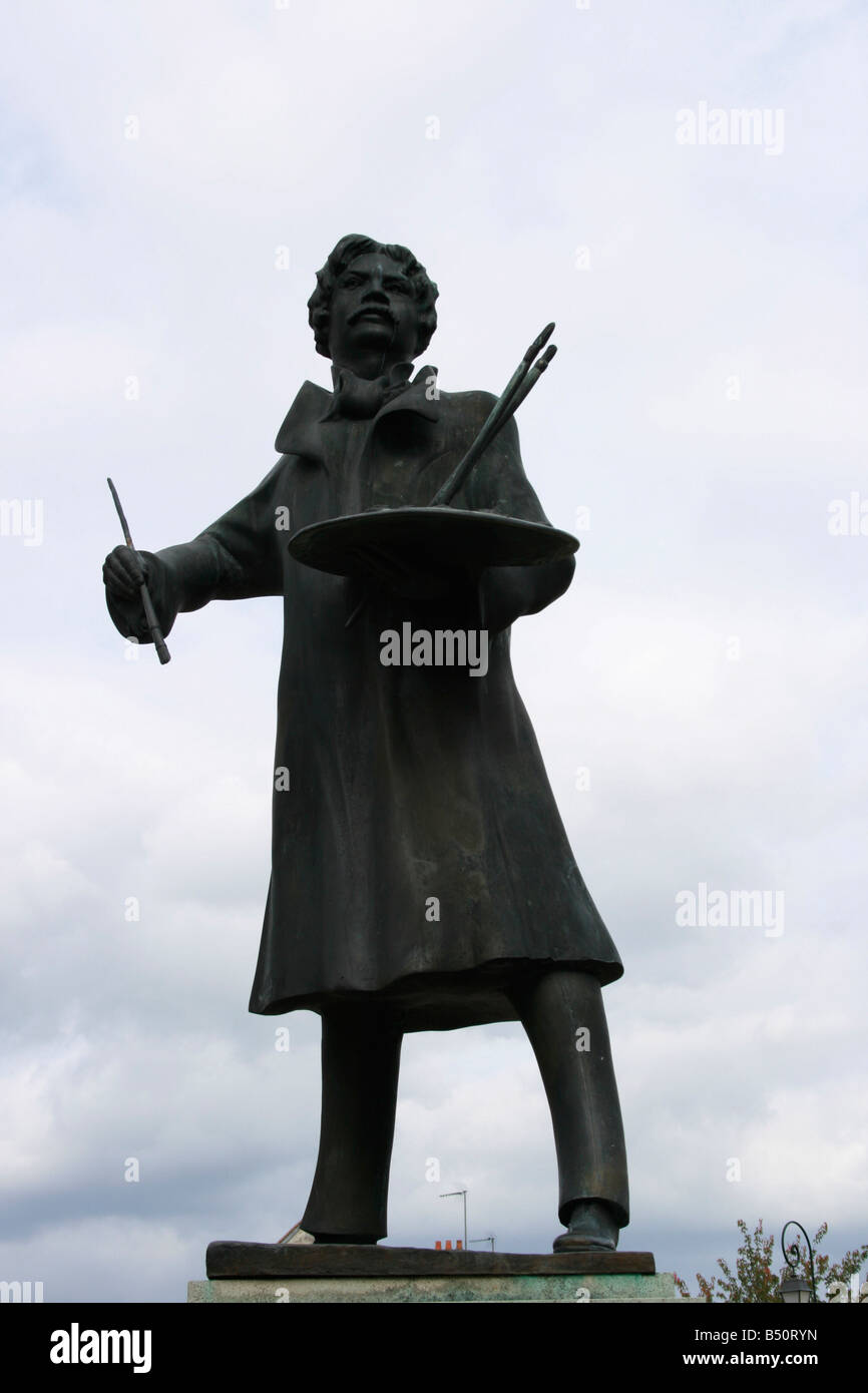 Statue of Thomas Couture French painter born in Senlis in December 1815 - Stock Image