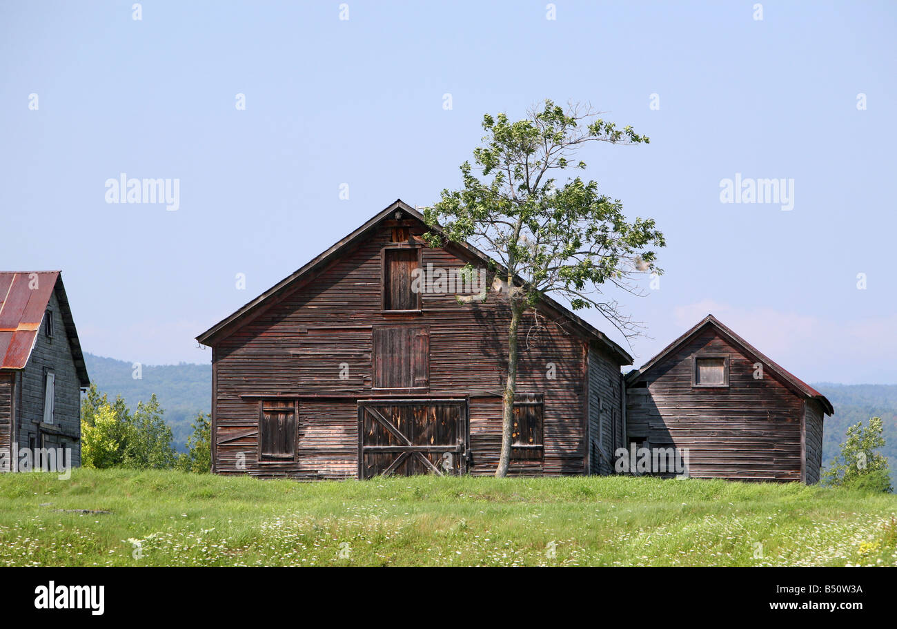 An historic barn and outbuilding Crown Point New York. Pastorally setting. - Stock Image
