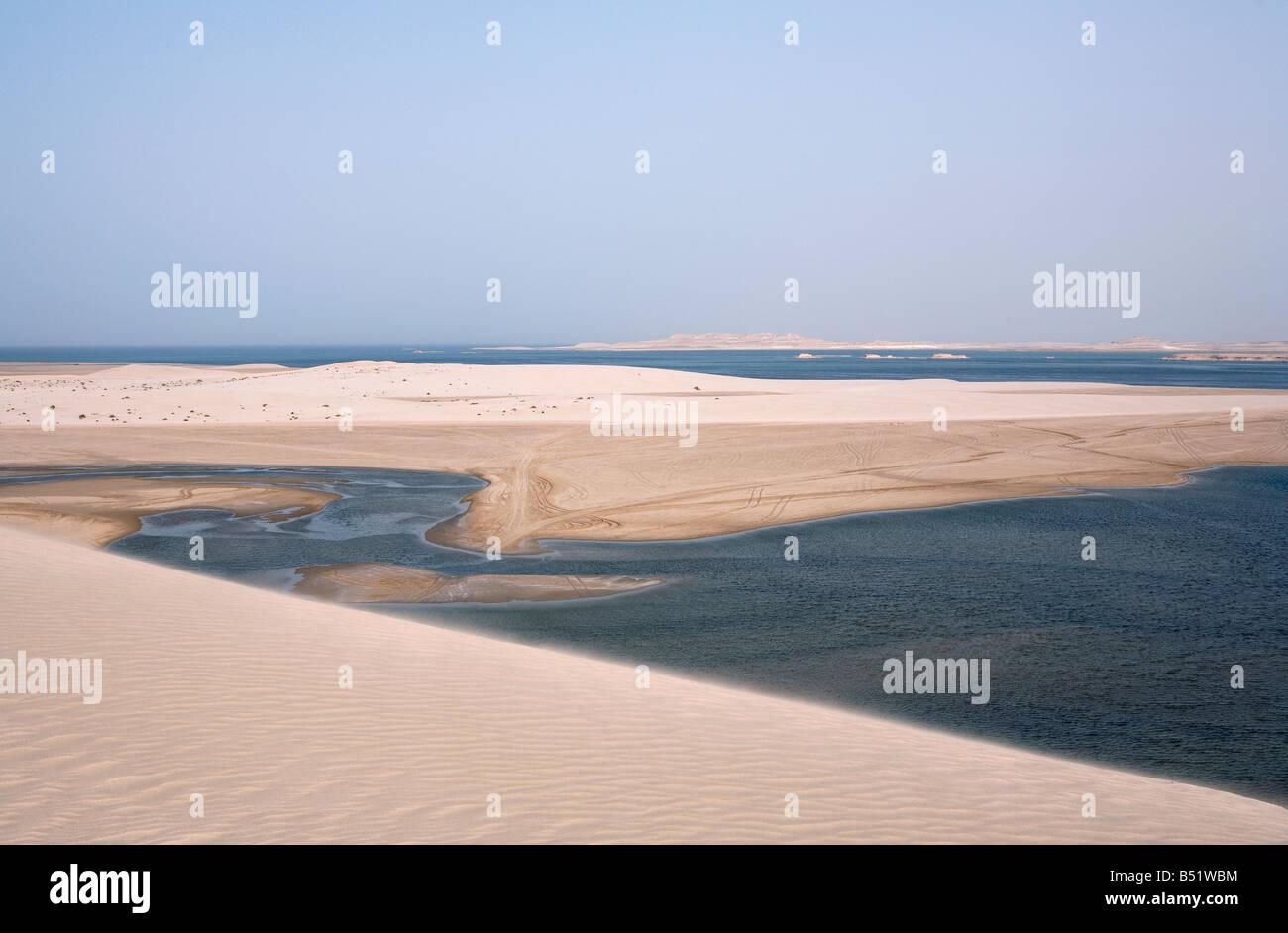 Qatar Inland sea near UAE border - Stock Image