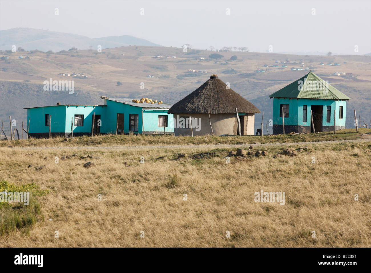 Rural huts south africa stock photos rural huts south for Rural home builders