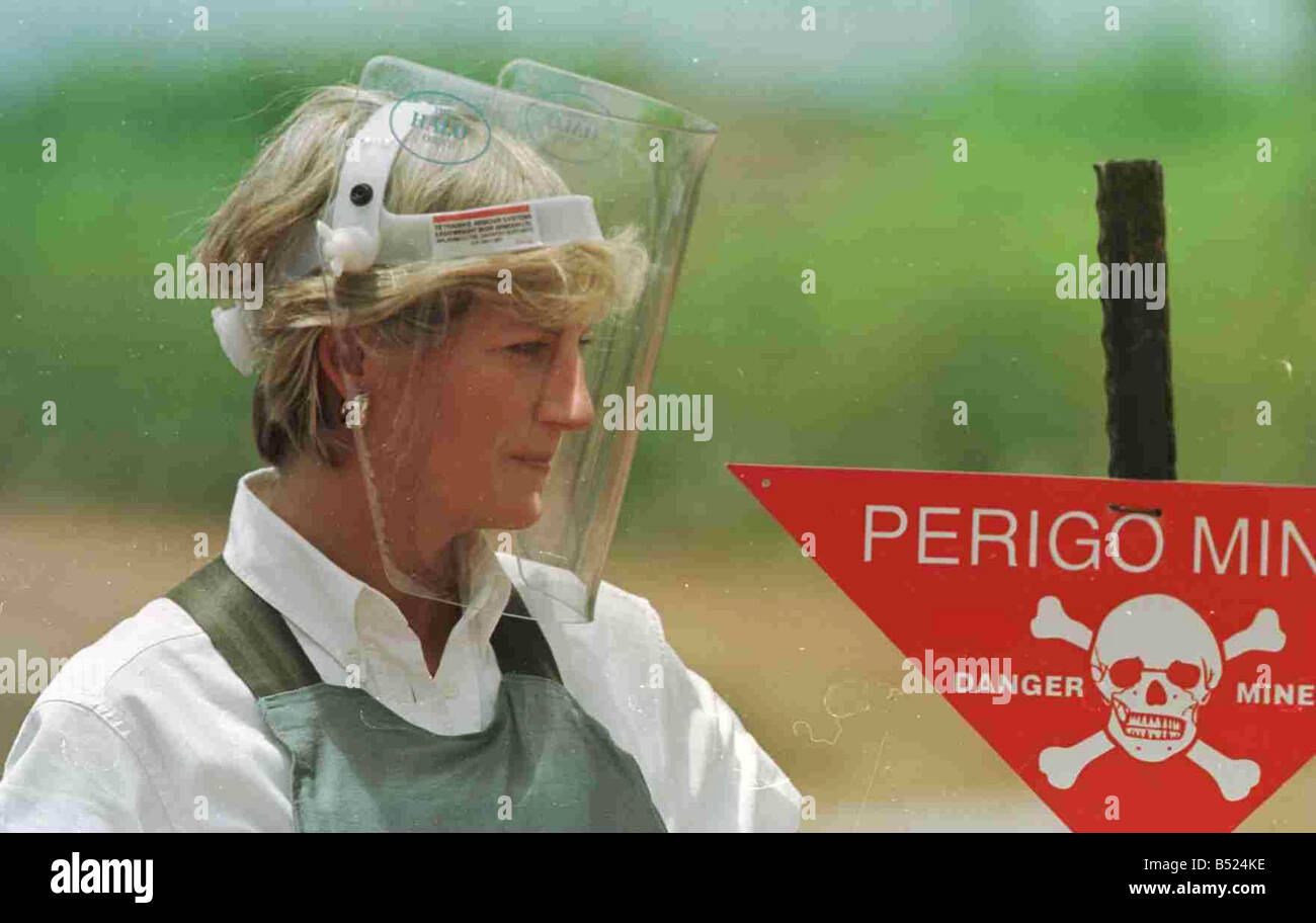 Princess Diana visiting the minefields in Haumbo Angola during her trip to highlight the danagers of Landmines and - Stock Image