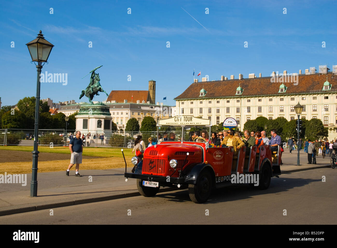 Tourists at Heldenplatz square in central Vienna Austria Europe - Stock Image