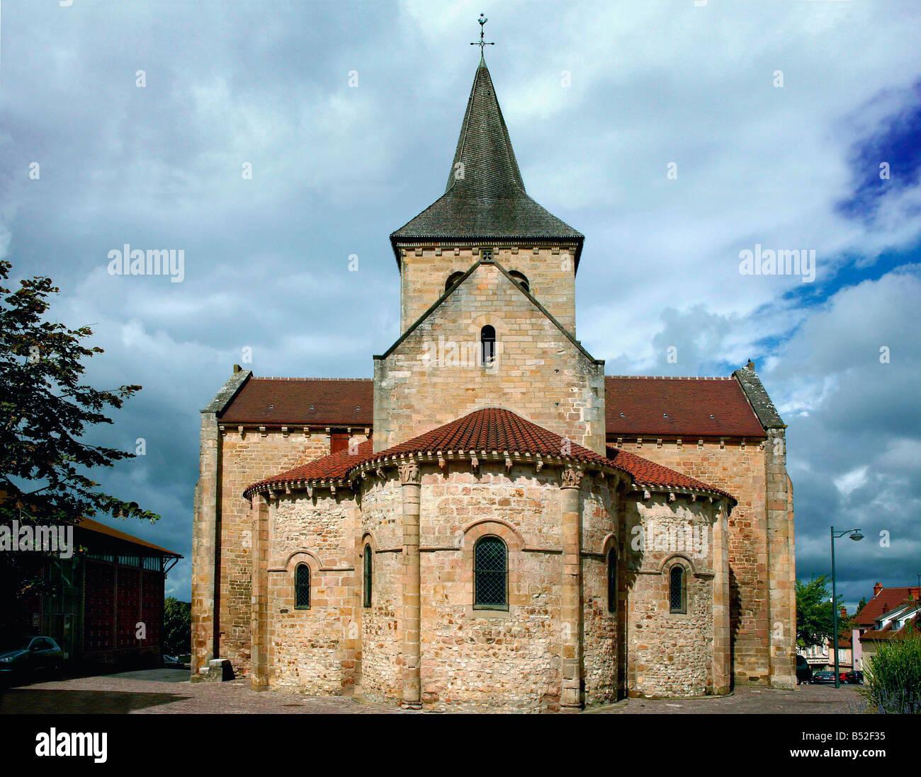 place de l eglise LURCY LEVIS 03 Allier france eglise romane du onzieme siecles XI eme - Stock Image