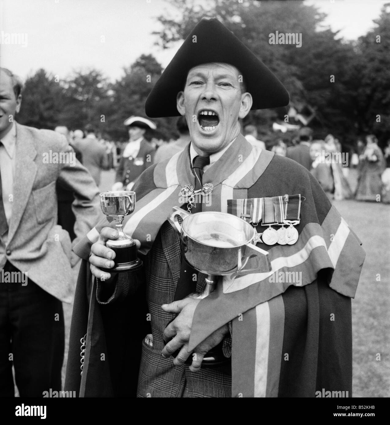 National Town Criers Championship, Hastings. Ben Johnson. July 1952 C3582 - Stock Image