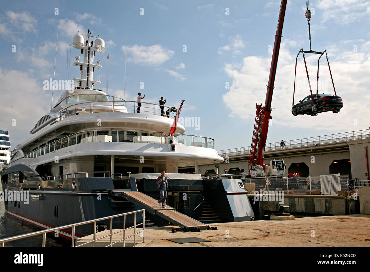 007 Super Yacht Stock Photos & 007 Super Yacht Stock Images - Alamy