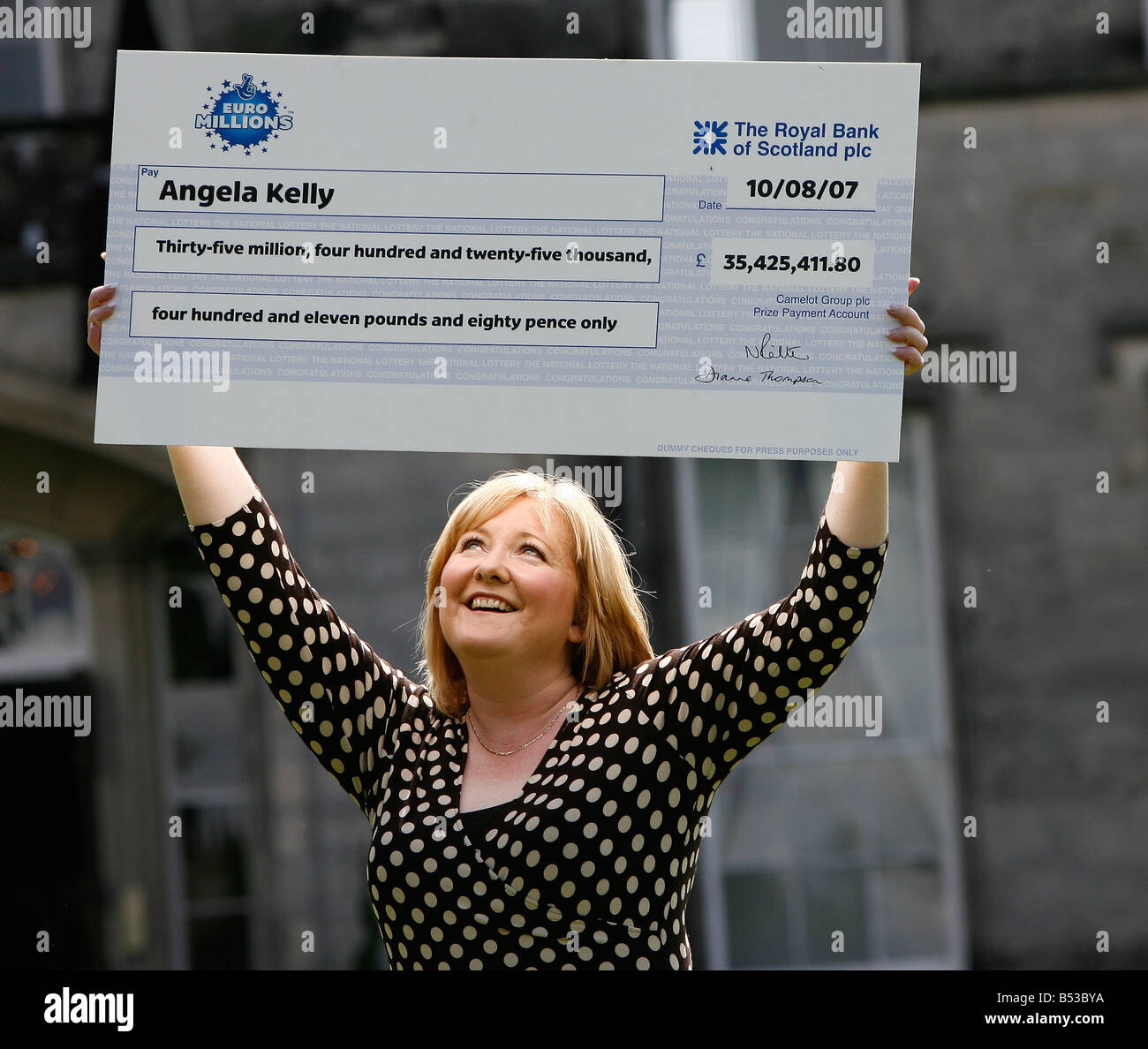 woman-holding-please-confirm-euro-teen-kelly-teen-madam