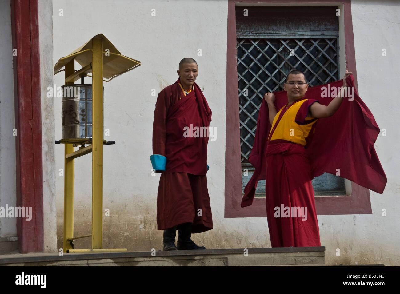 Buddhist Monks at the Gandan Khiid Monastery UlaanBaatar Mongolia - Stock Image