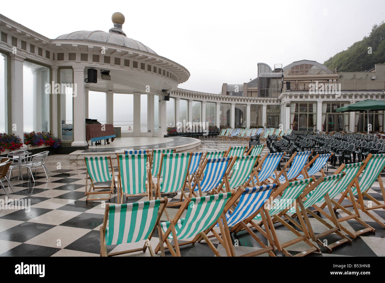 deckchairs and seating at the Spa Scarborough - Stock Image