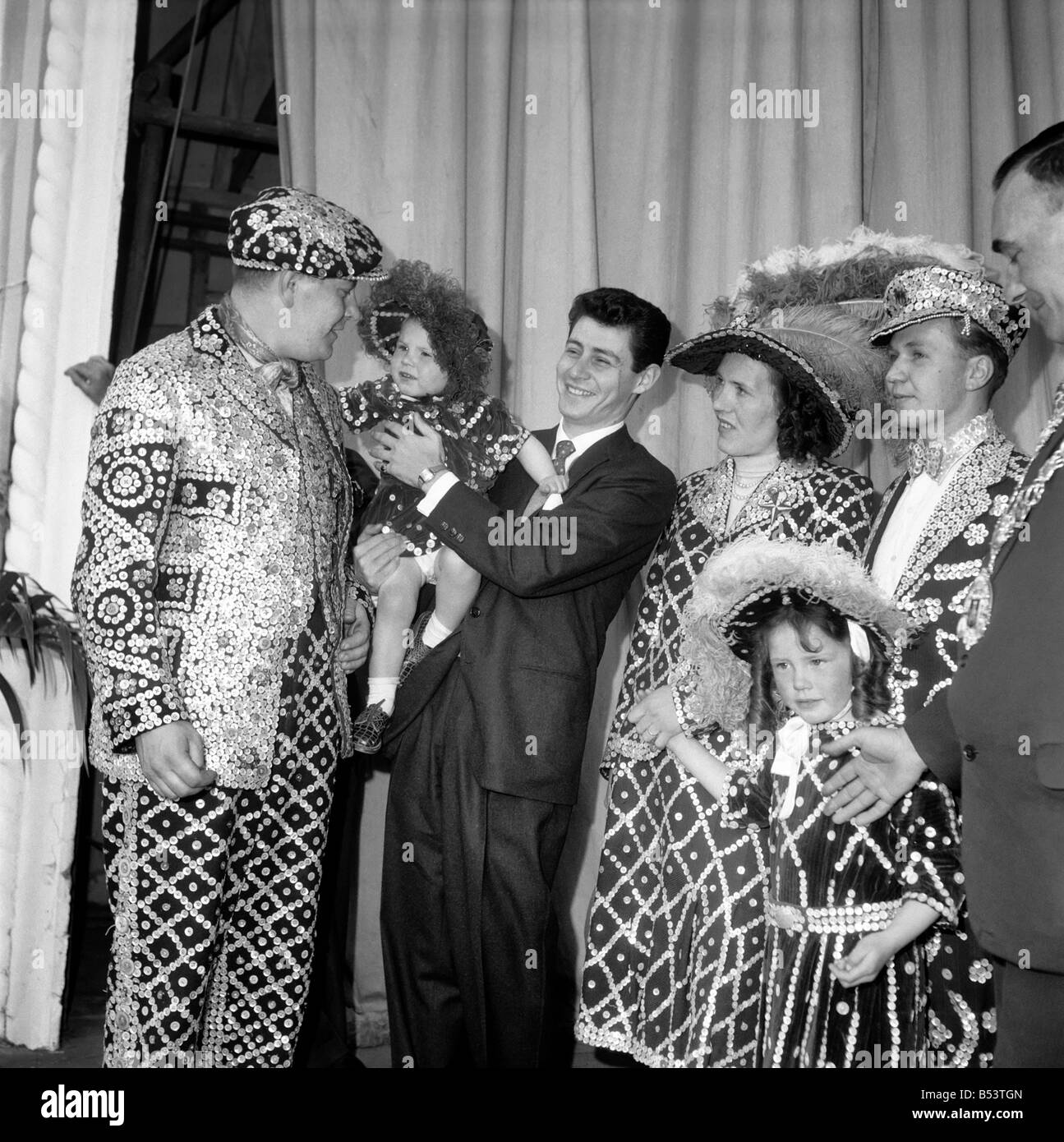 Costers: Pearly Kings and Queens seen here at the Festival Pleasure Gardens in Battersea. May 1953 D2612 - Stock Image