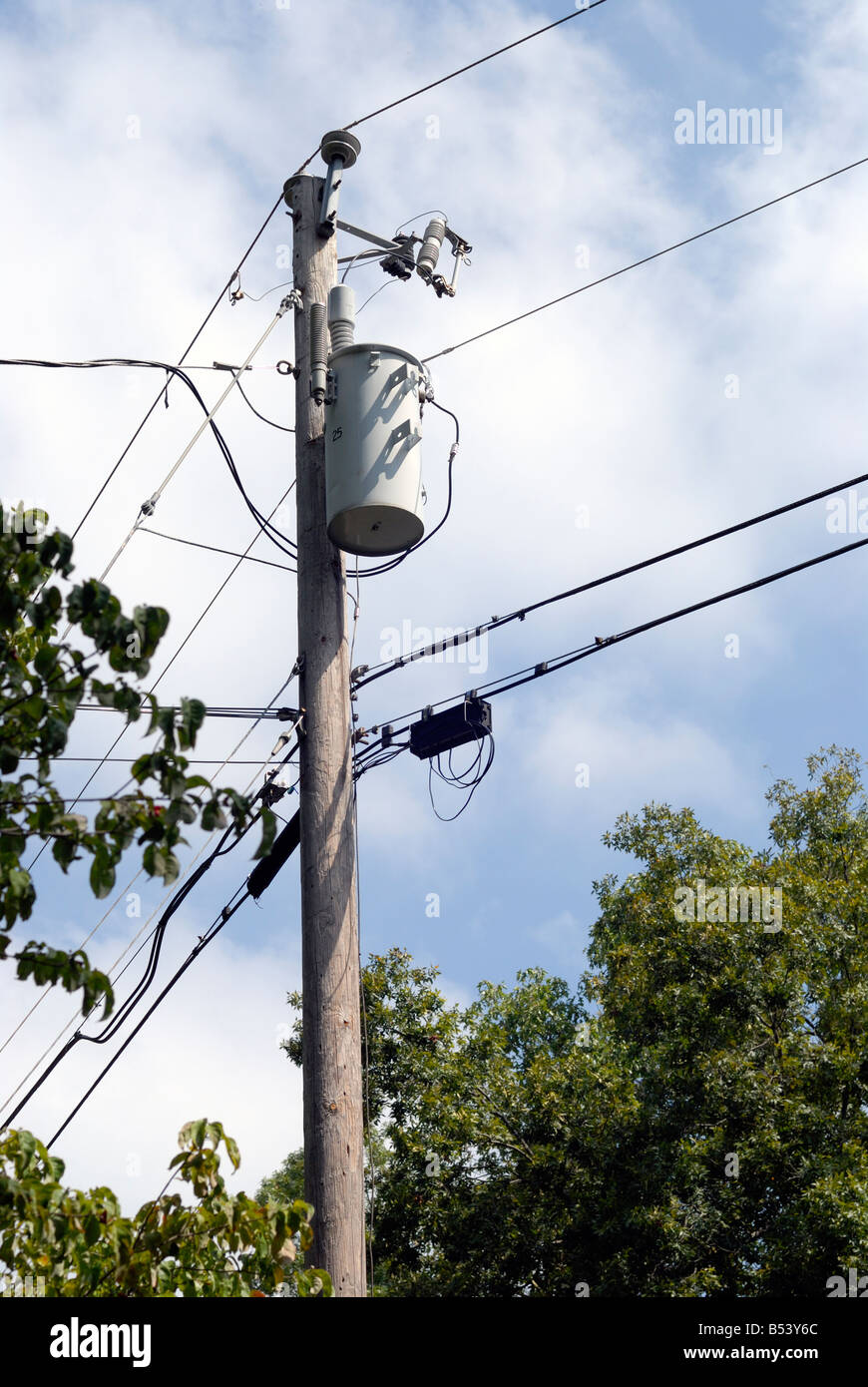 Electric Transformers Utility Poles Unlimited Access To Wiring Schematics Of Pole Electrical Transformer On A Usa Stock Photo 20370852 Rh Alamy Com Schematic Mounted Sizes