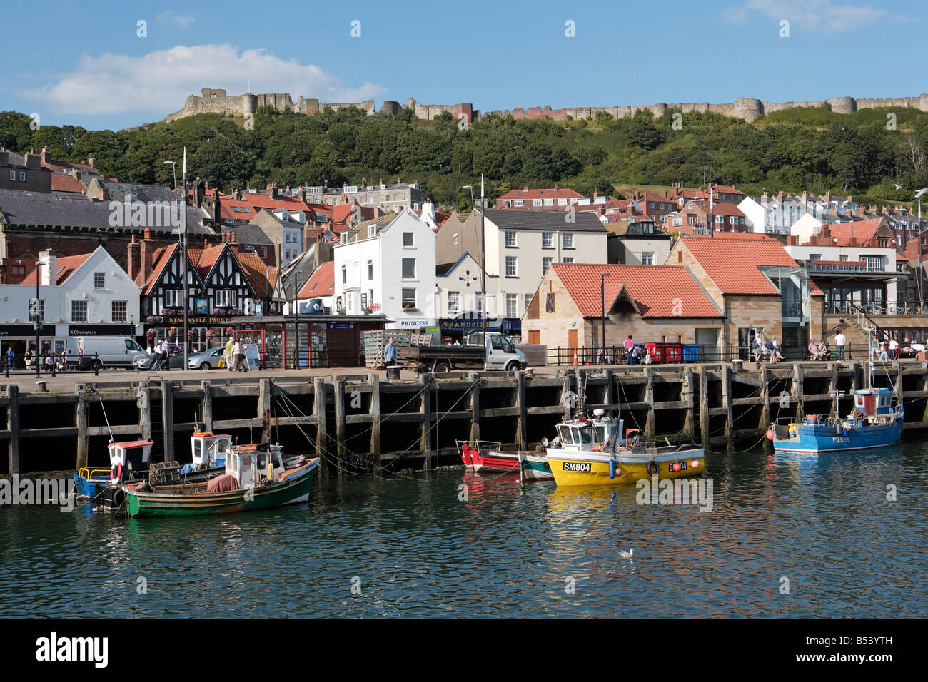 Scarborough Castle, Harbourside and harbour - Stock Image