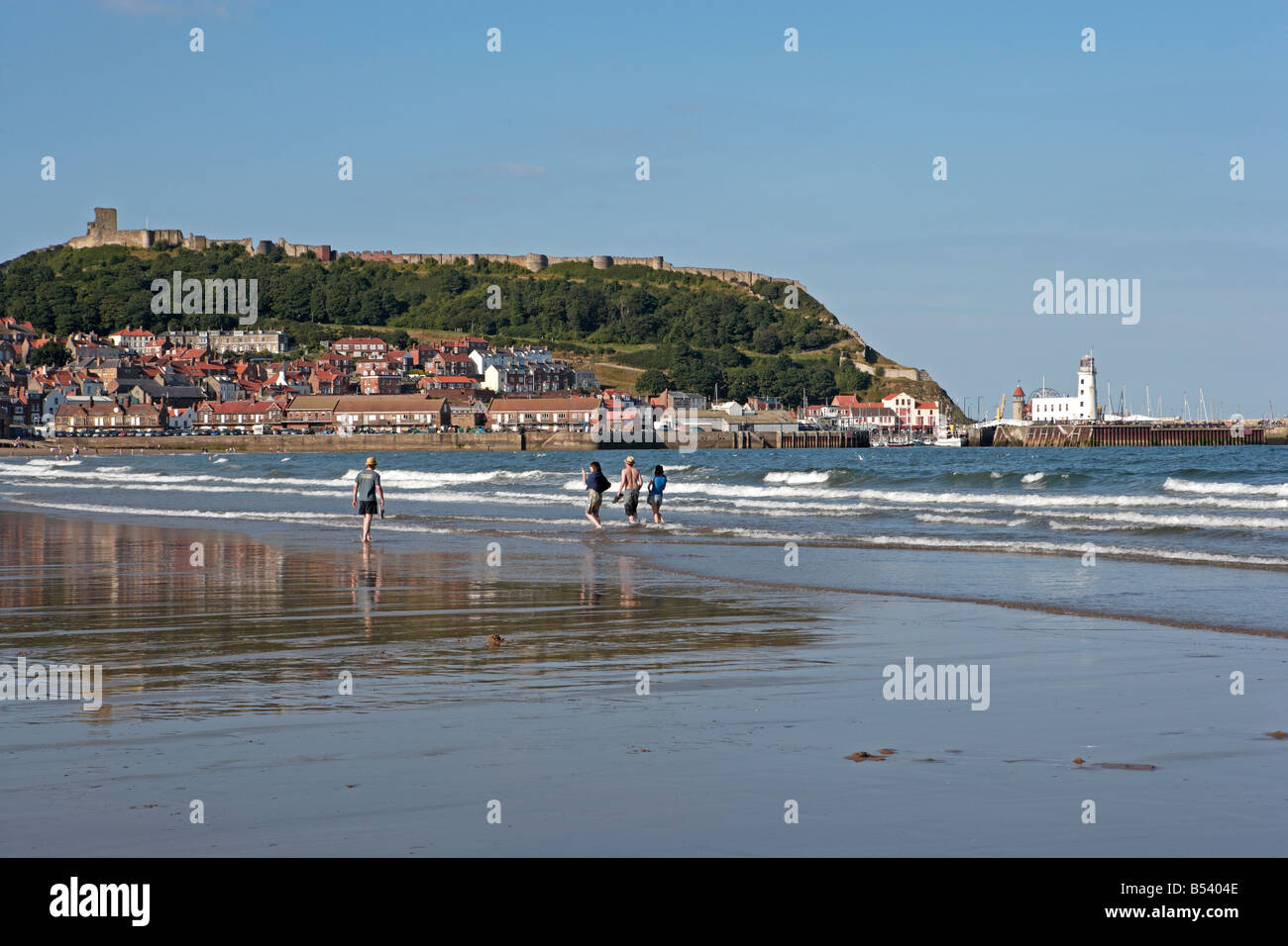 Scarborough Beach and Castle - Stock Image