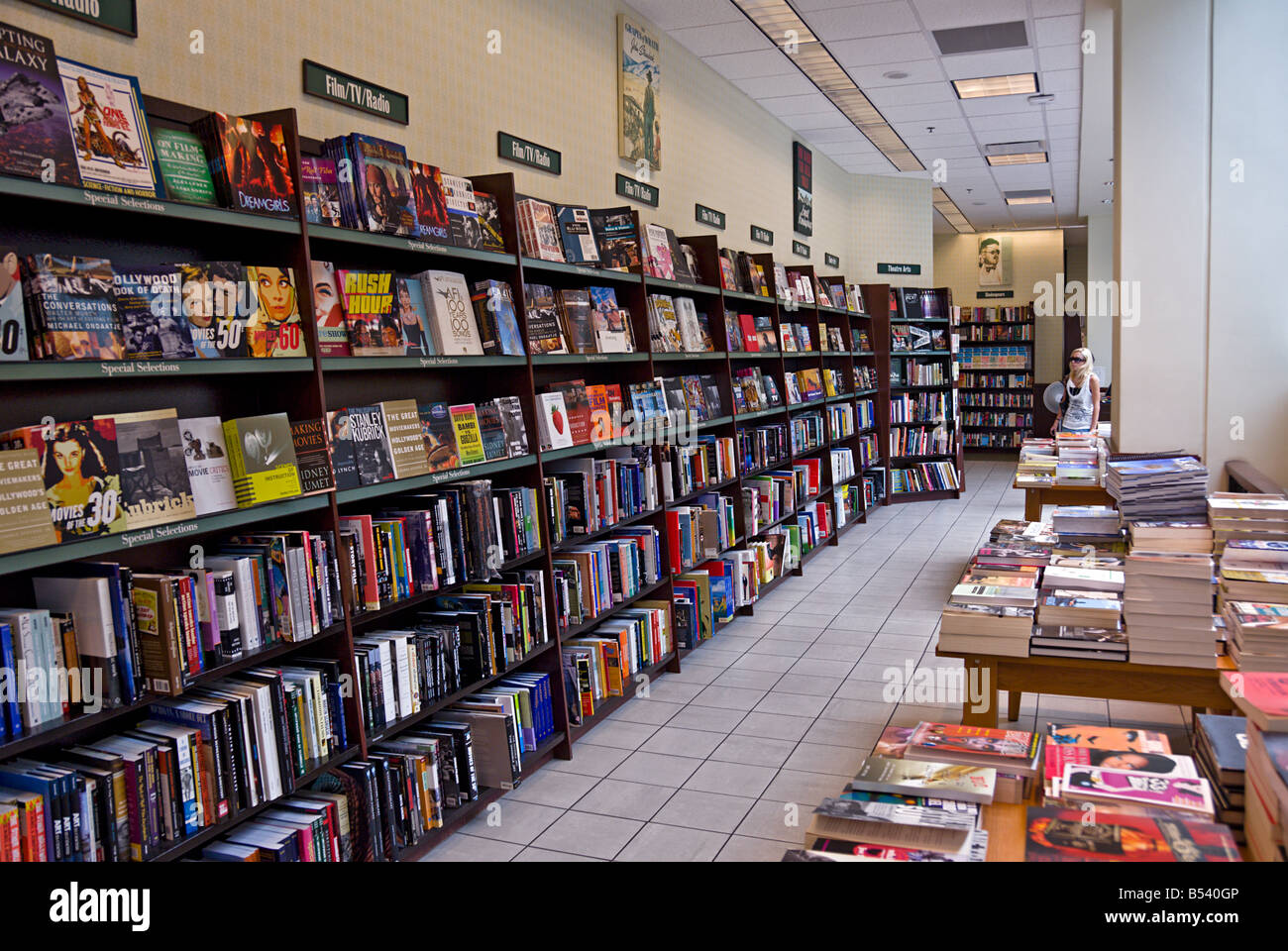 Barnes noble booksellers