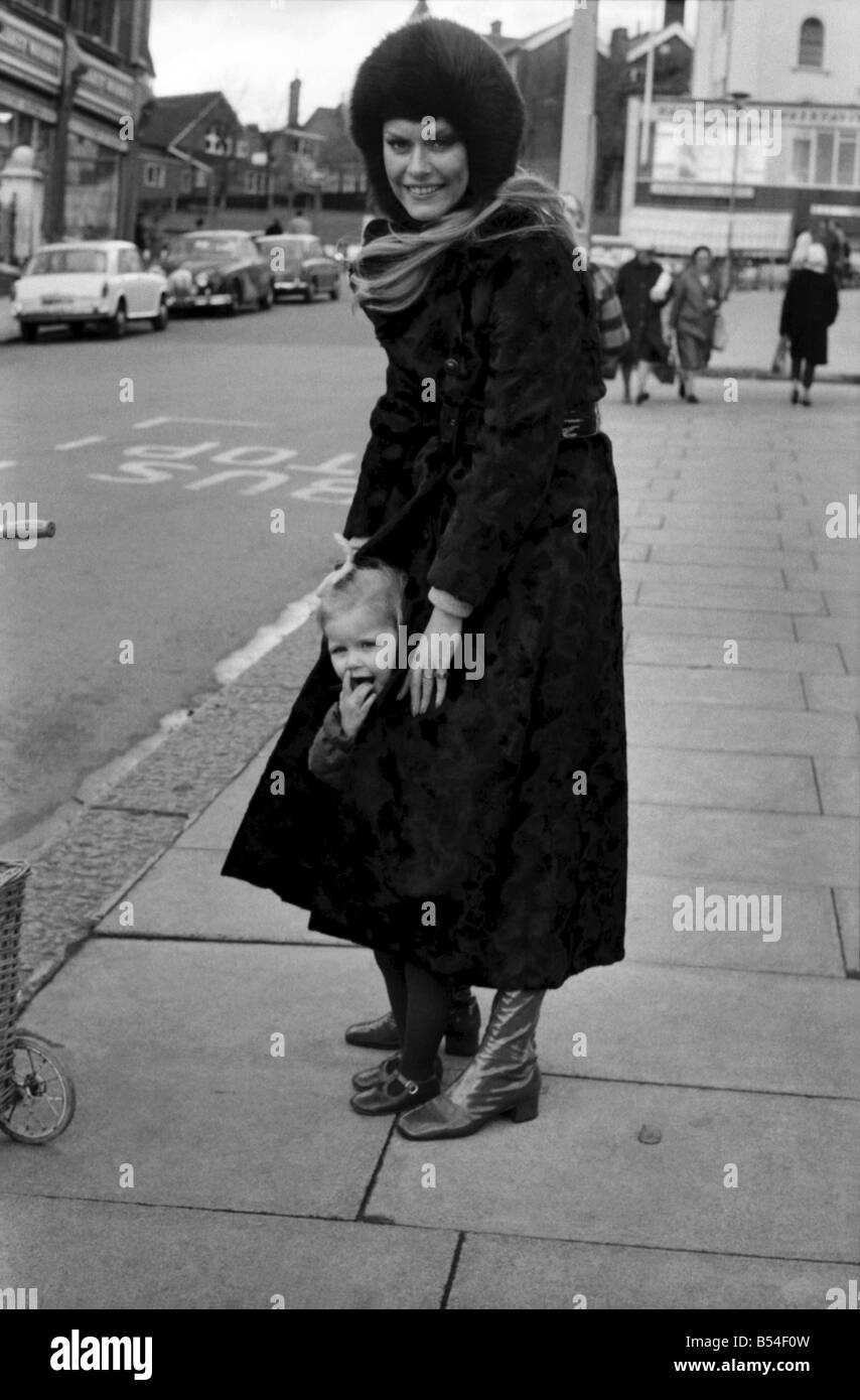 b49ab793f005c Fur Coat 1960s Stock Photos   Fur Coat 1960s Stock Images - Alamy