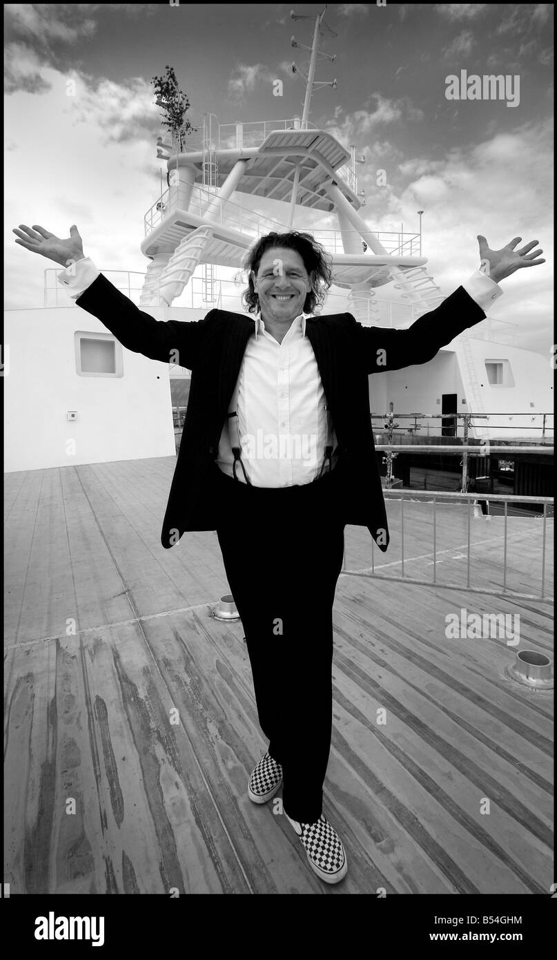 Marco Pierre White Chef and Restauranteur June 2007 on the new P O Cruise liner Ventura Celebrity Chef Marco Pierre - Stock Image