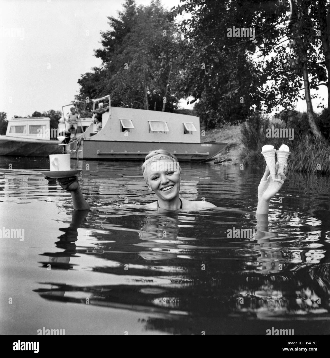 Melitta Tegeler Nude Photos 66