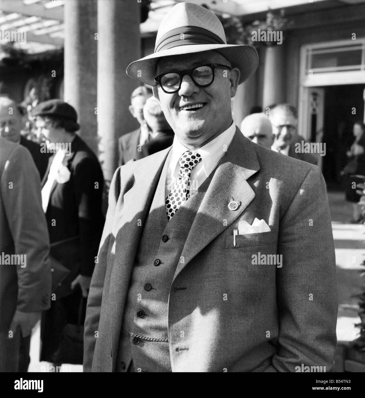 T.U.C. Douglas, Isle of Man 1953. Arthur Deakin Secretary of the Transport and General Workers Union. September 1953 D5569-004 Stock Photo