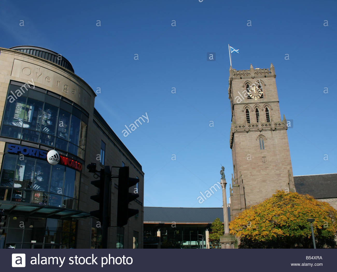 Auld Steeple church and Overgate shopping Centre in Dundee Scotland  October 2008 - Stock Image
