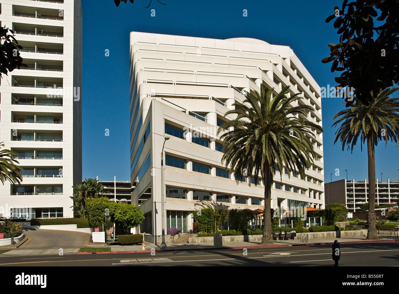 1299 Ocean Ave Santa Monica Ca 90401 Modern Architectural