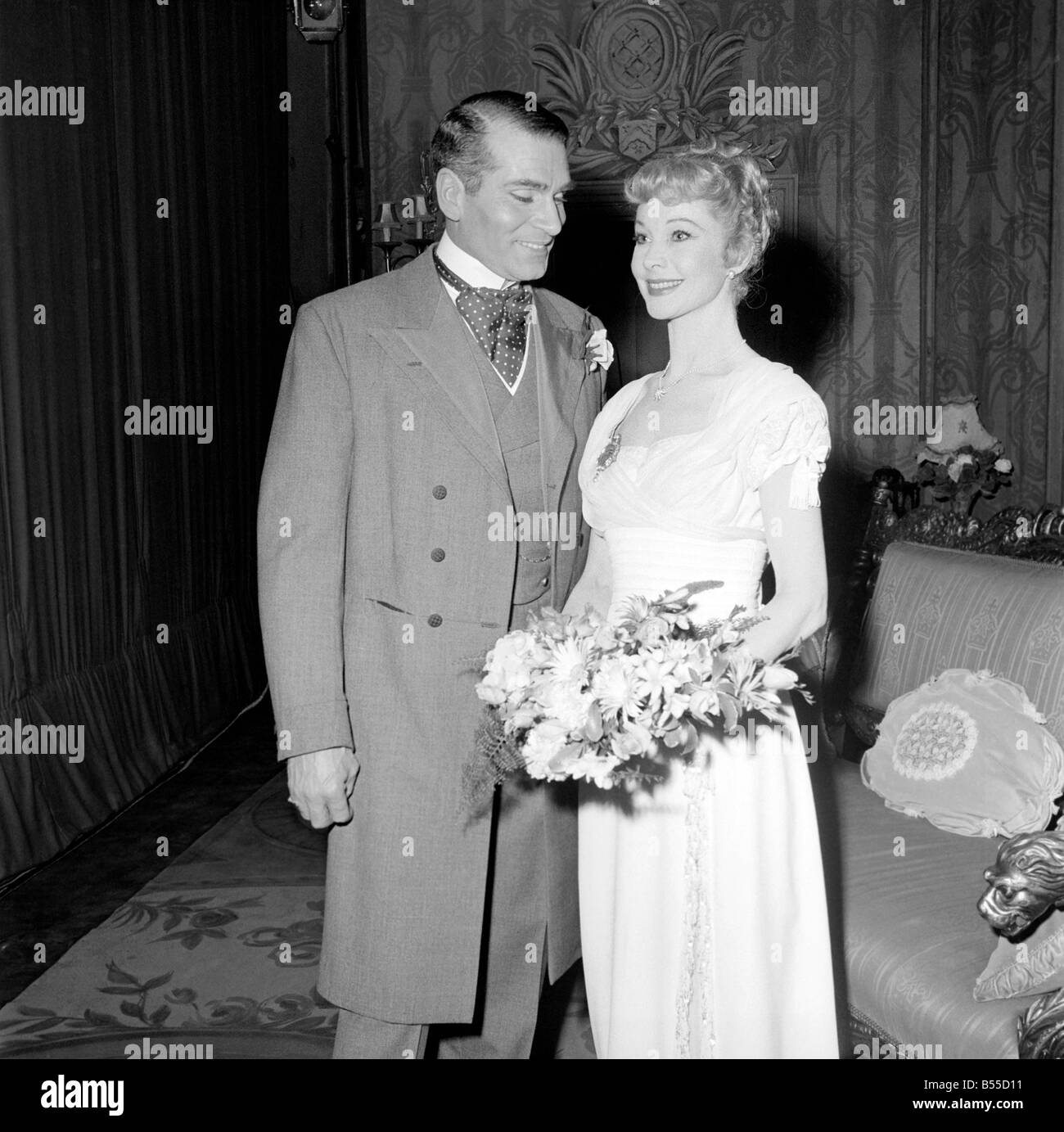 Vivien Leigh And Her Husband Sir Laurence Olivier Took Part