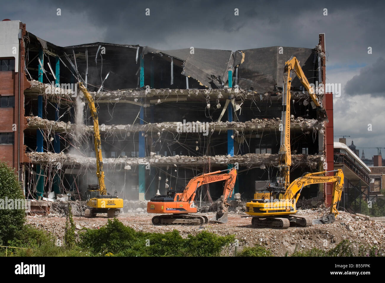 Demolition of commercial property in Leeds, Yorkshire UK - Stock Image