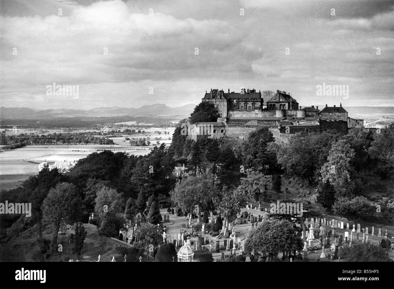 Stirling Castle. The mighty royal castle of Stirling towers above some of the most important battlefields in Scotland's - Stock Image