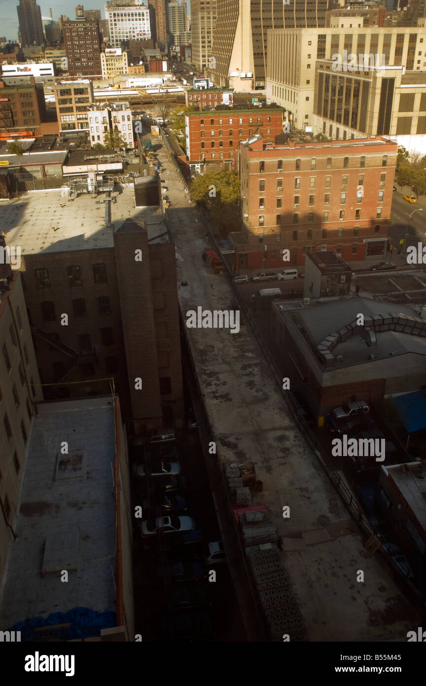 Construction on the High Line Park through the New York neighborhood of Chelsea - Stock Image