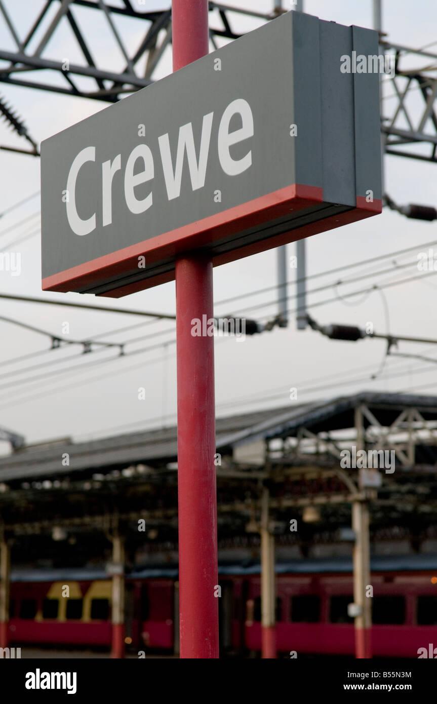 Crewe railway station - Stock Image