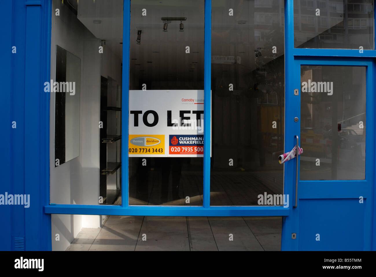 Shop to let / Vacant retail unit - Stock Image