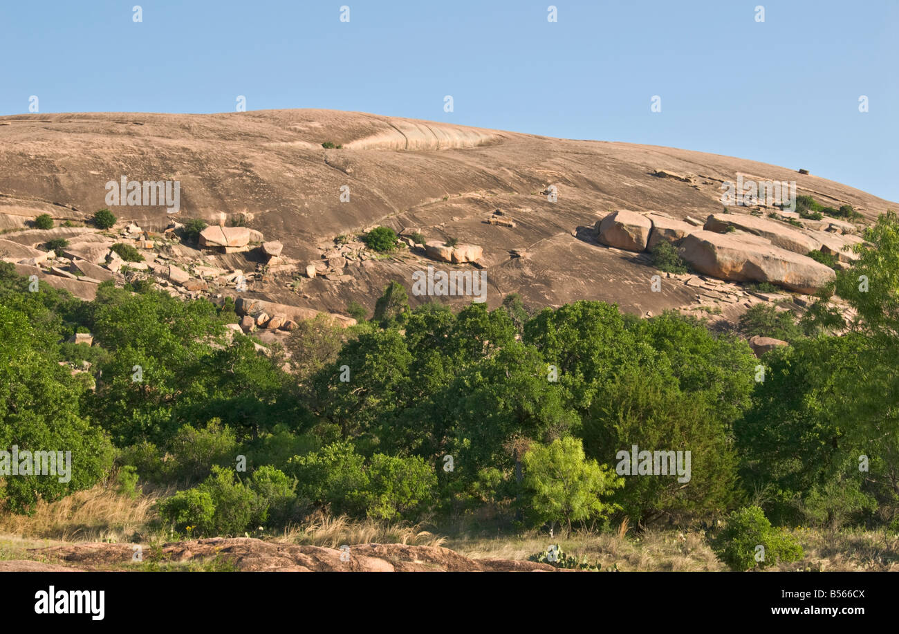 Texas Hill Country Fredericksburg Enchanted Rock State Natural Area granite dome famed in Indian legend - Stock Image