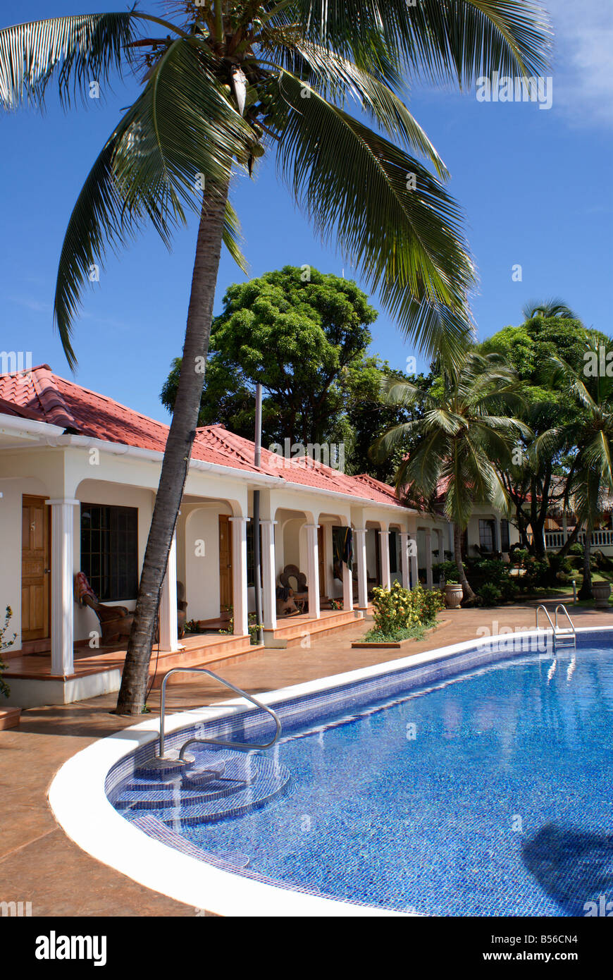 Guest rooms and swimming pool at Casa Canada hotel on Big Corn Island, Nicaragua, Central America Stock Photo