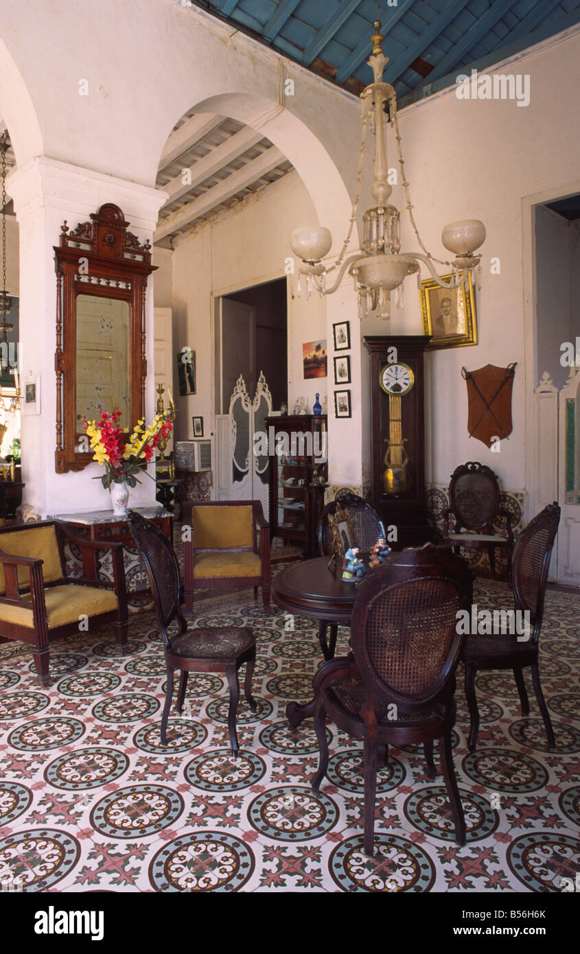 The Interior And Furniture Of A Typical Colonial Home Dating From  # Muebles Colineal Ecuador