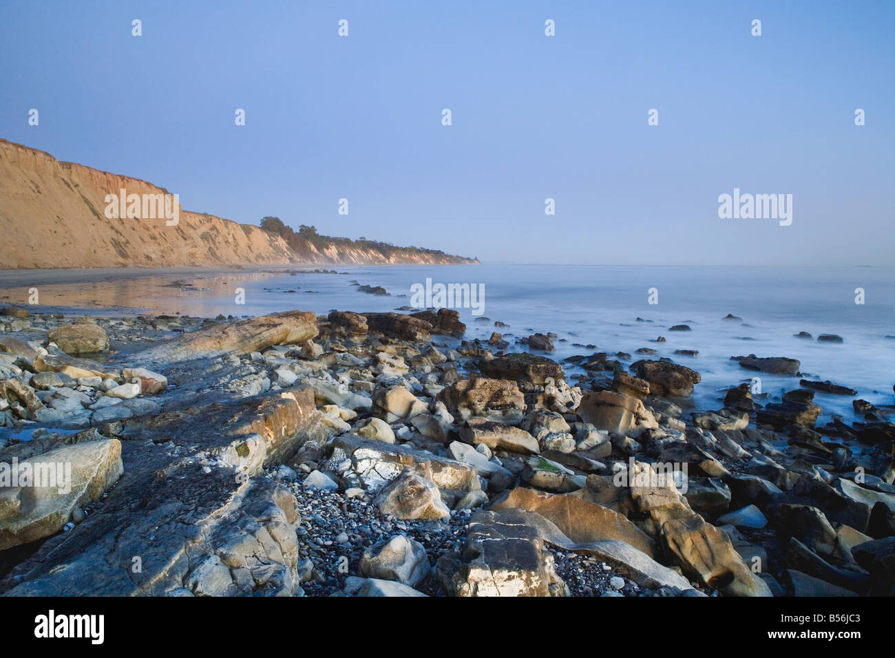 Rocky beach in Santa Barbara - Stock Image
