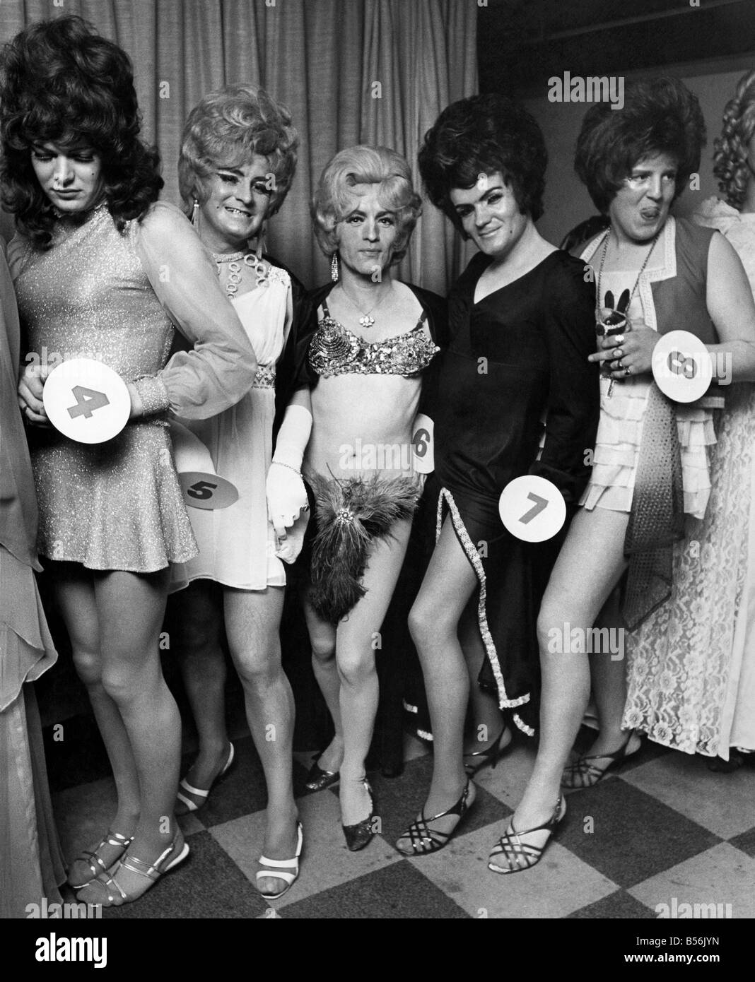 Female contest Nude Photos 30