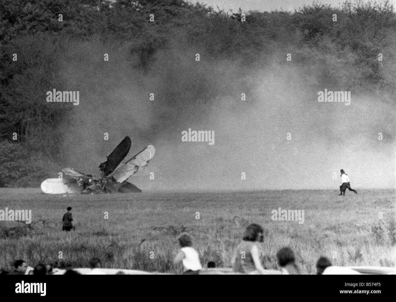 Crash ends an Ace's Air Spectacular: A spectacular aerobatic display ended last Sunday (16-5-65) in a spectacular - Stock Image