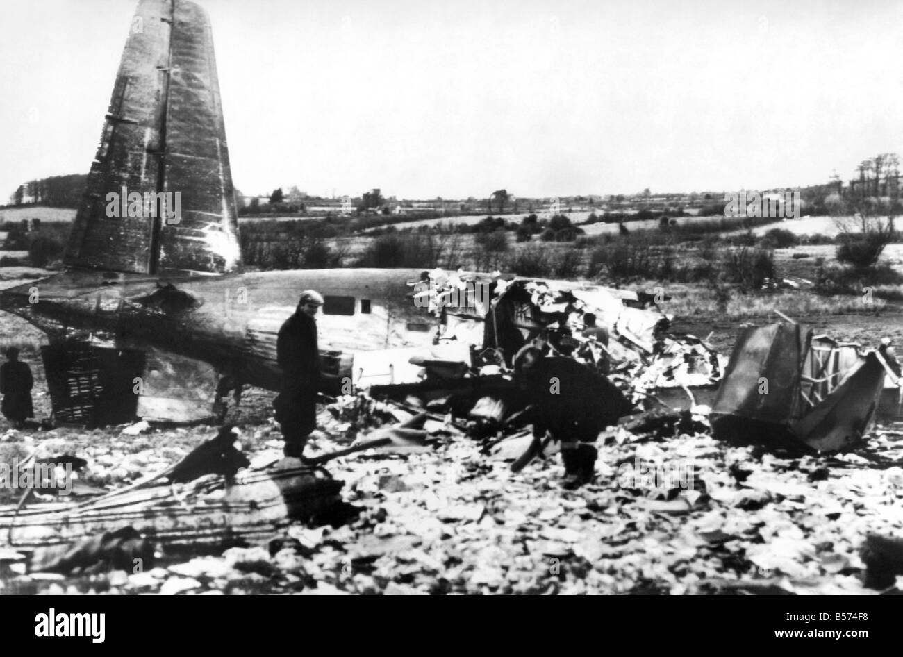 Accidents-Air: Twenty-six people were killed today (26-2-60) in an