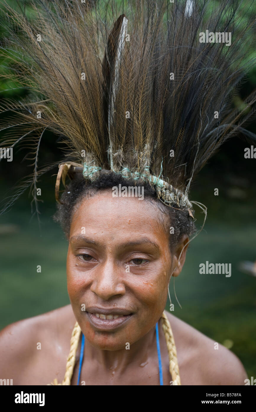 Woman from Gibidai village in the Turama extension logging concession, Gulf Province, Papua New Guinea. - Stock Image