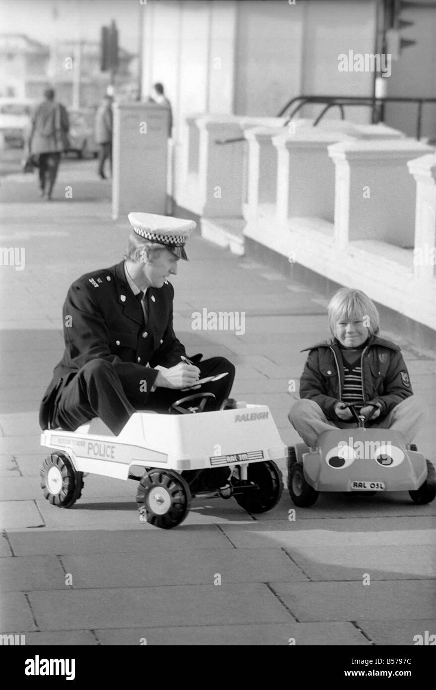 Pull Over Car Meaning : Pedal cars stock photos images alamy
