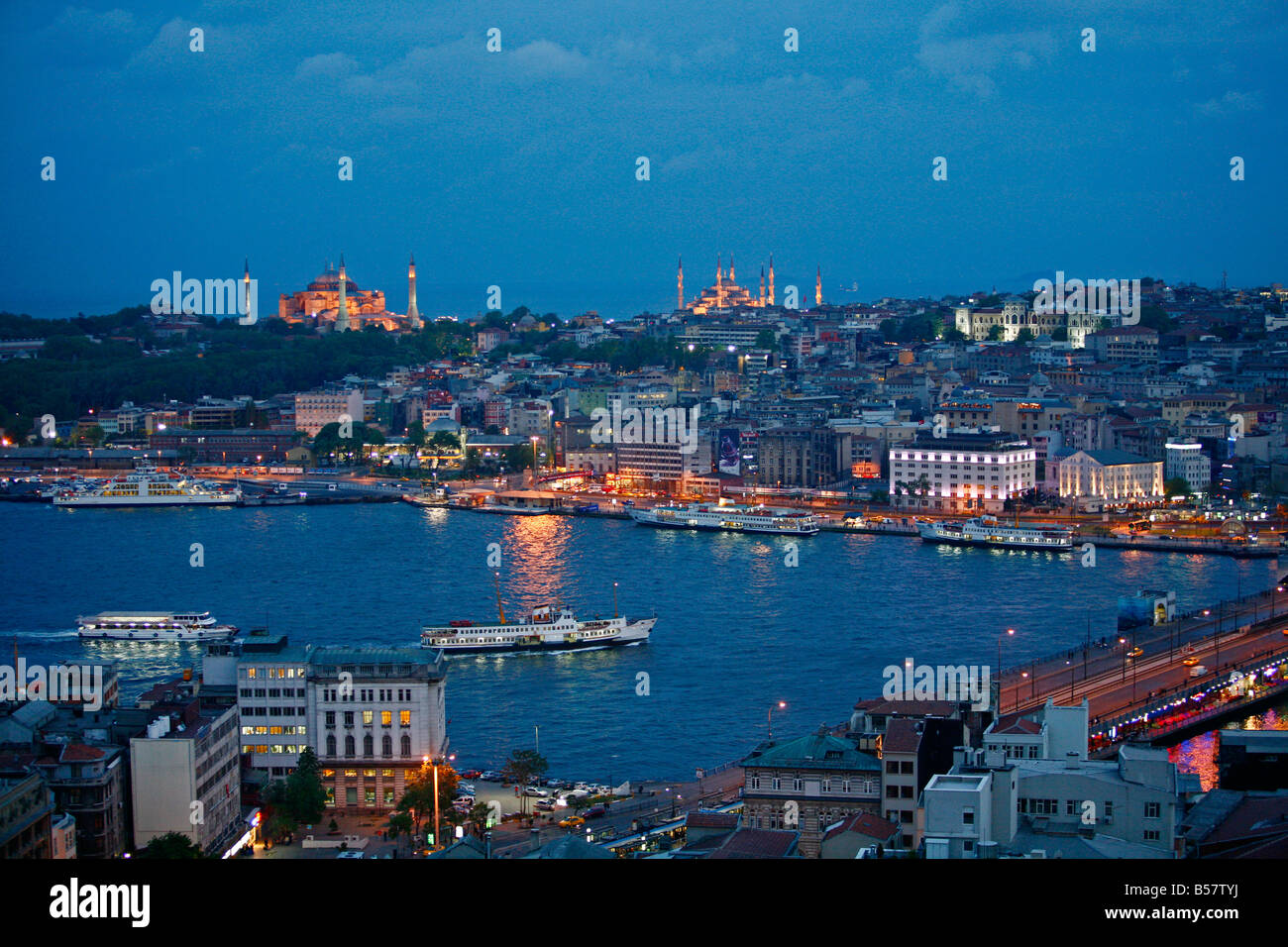 Skyline of Istanbul with a view over the Golden Horn and the Galata bridge, Istanbul, Turkey, Europe - Stock Image