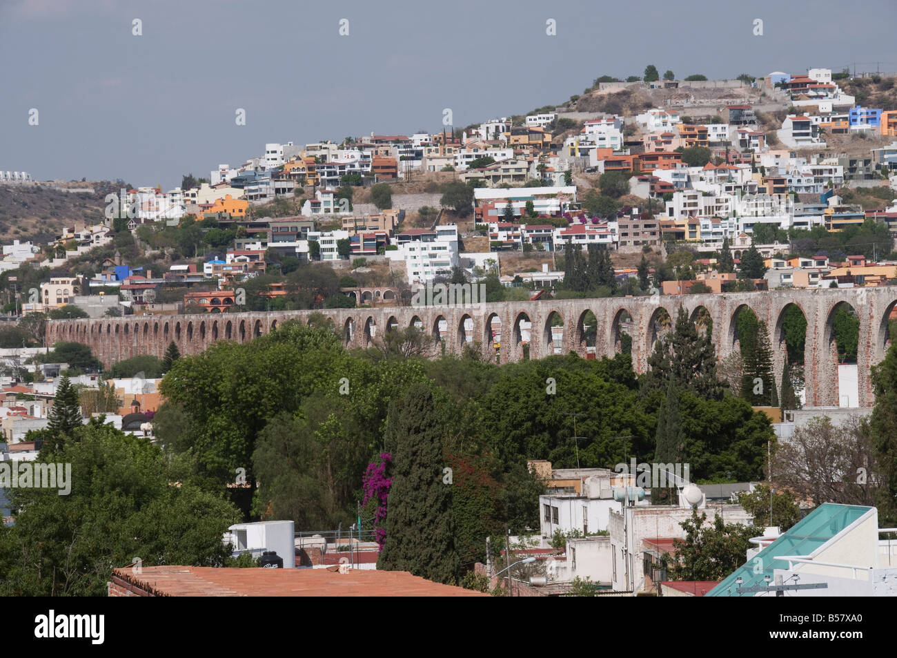 Aqueduct, to bring water from nearby springs to Santiago de Queretaro, Queretaro, Queretaro State, Mexico - Stock Image