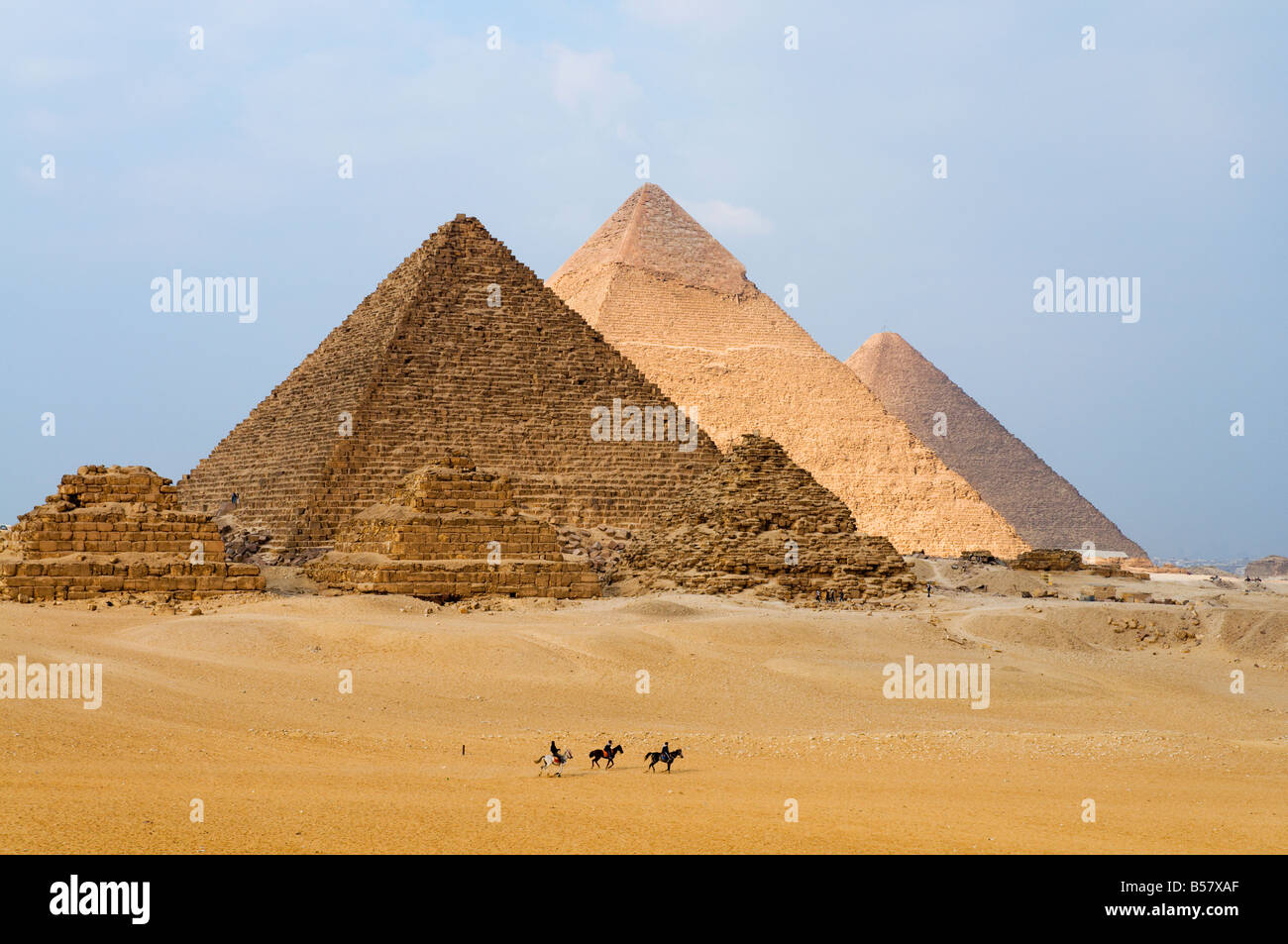 The Pyramids of Giza, Giza, UNESCO World Heritage Site, near Cairo, Egypt, North Africa, Africa - Stock Image