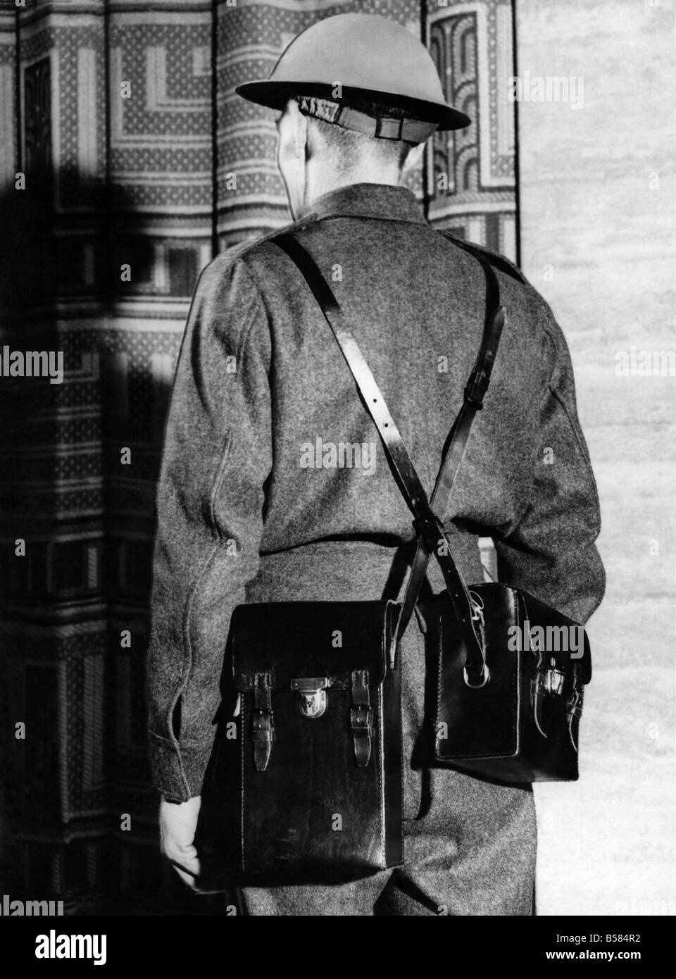 Wireless set used by enemy agents who were executed today. Two enemy agents, acting on behalf of Germany, were executed - Stock Image