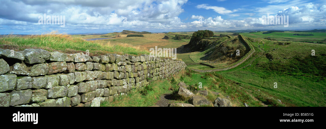 View along Hadrian's Wall from Hotbank Crags, UNESCO World Heritage Site, near Hexham, Northumberland, England, Stock Photo