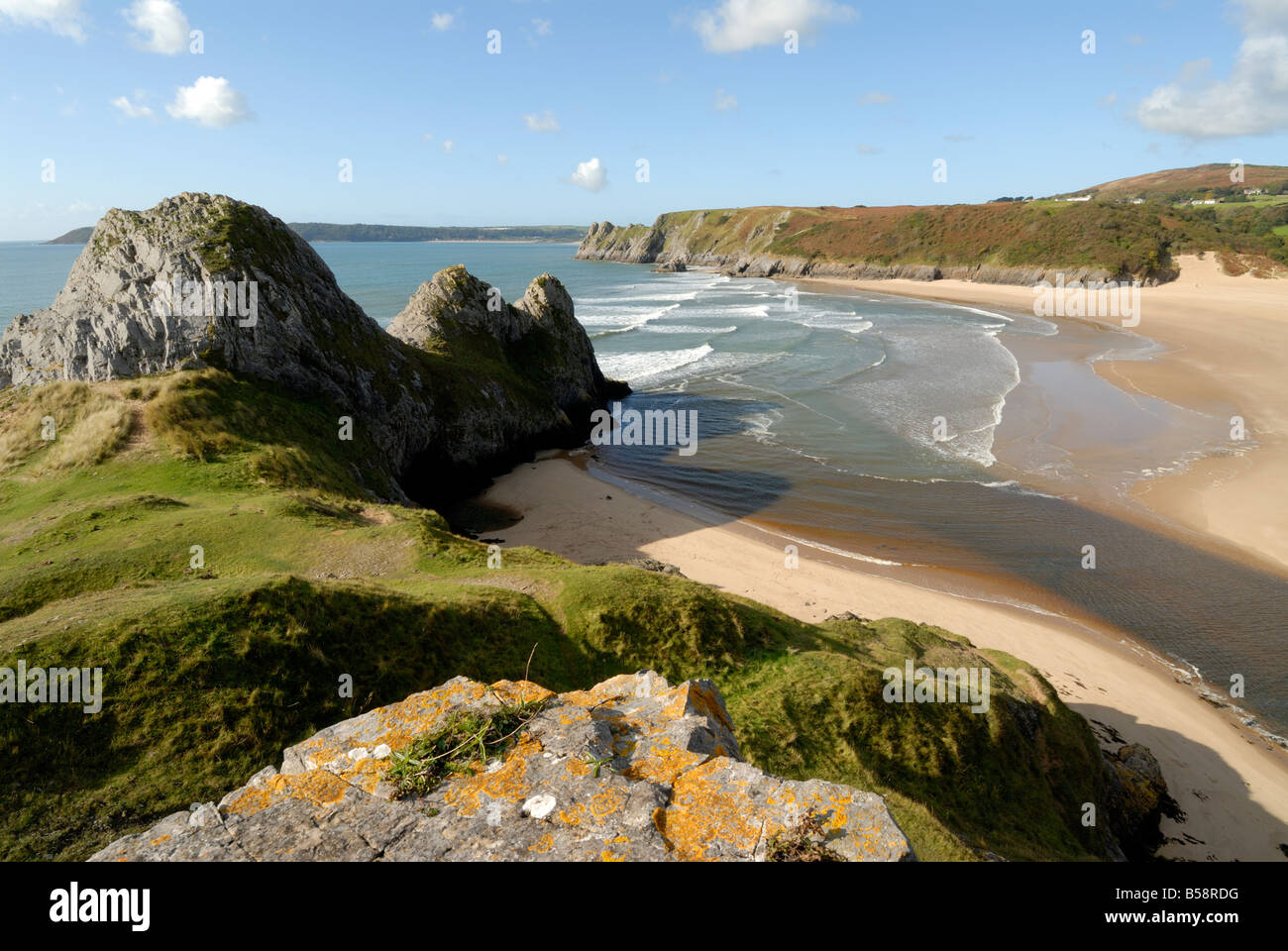 Three Cliffs Bay on the Gower Peninsula - Stock Image