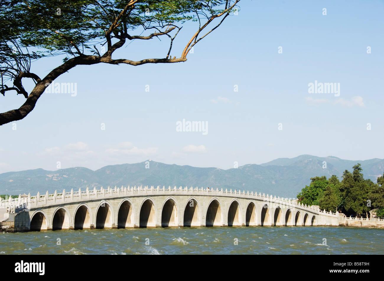 Seventeen Arch Bridge on Kunming Lake, Emperor Qialong's reign leads to South Lake Island, Yihe Yuan, Beijing, - Stock Image