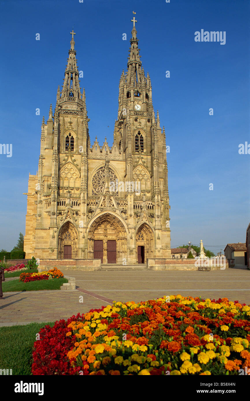 Basilica of Notre Dame, L'Epine, Champagne, France, Europe - Stock Image
