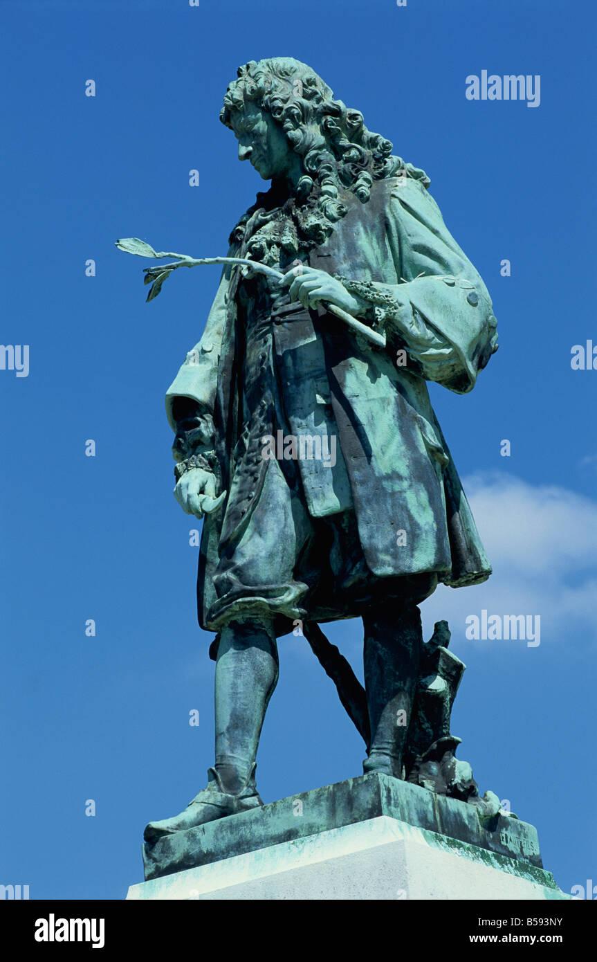 De la Quintinye statue in the potager du roi the kings kitchen garden at the Chateau of Versailles Ile de France - Stock Image