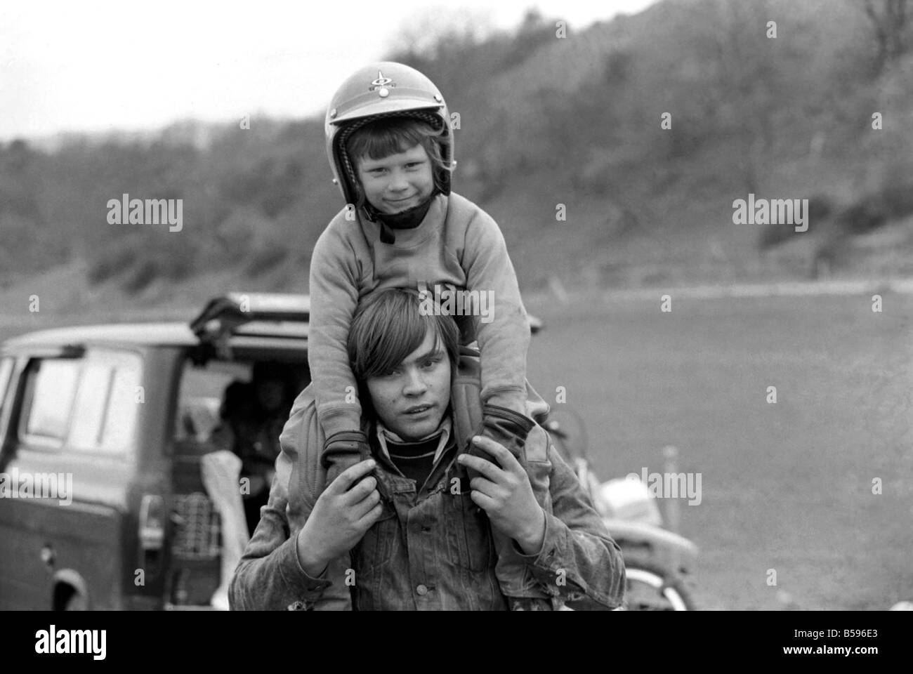 Motorsport/Children/Motorbike: Schoolboys Scramble. March 1975 75-01212-022 - Stock Image